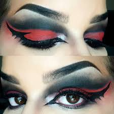 Halloween Makeup With Eyeliner Bat Eyeliner Trend Popsugar Beauty