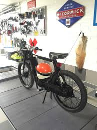 garage build vespa ciao custom build motorcycles pinterest