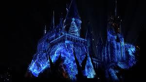 harry potter night light christmas at harry potter s wizarding world orlando sentinel