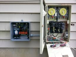 need help hooking up pool pump to relay switch and intermatic
