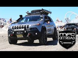 modified jeep 2017 modified jeep cherokee kl takes on a beach obstacle course youtube