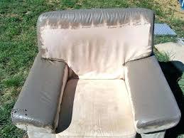 peindre canapé en tissu peinture canape tissu fauteuil salon pendant repeindre un canape
