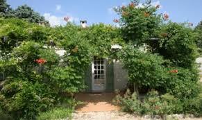 chambre d hote baux de provence gîtes et chambres d hôtes à rémy de provence 13210