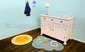 tapis pour chambre de bébé tapis jaune chambre bebe waaqeffannaa org design d intérieur et