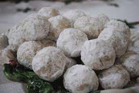 favorite christmas cookie snowballs