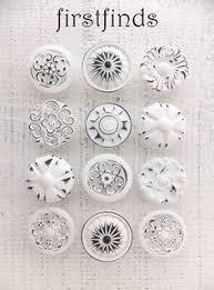Shabby Chic Drawer Pulls by 4 White Knobs Shabby Chic Drawer Pulls Furniture Kitchen Cabinet