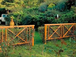 Ideas For Fencing In A Garden Decorative Fence Ideas Decorative Fencing Ideas The Home Design