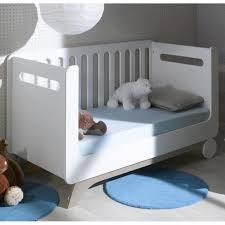 chambre bebe evolutive lit bébé évolutif 70x140 cm pepper blanc avec matelas