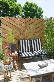 Backyard Privacy Screens by Deck Privacy Screen For Additional Privacy Level Landscape