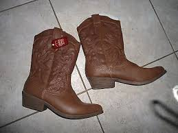 womens cowboy boots in size 11 womens cowboy boots size 7 faded brown s