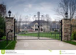 Large Mansions Large Fancy Mansion Behind A Gated Entry Stock Photo Image 46714692
