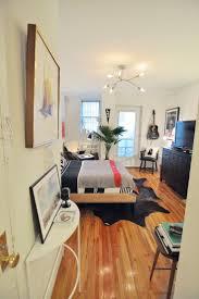 small studio design best 25 cozy studio apartment ideas on pinterest studio