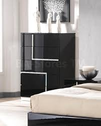 lucca 4 pc bedroom set in black lacquered finish bedroom sets