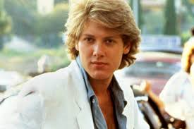 feathered hair 1980s feathered hair men hairstyle ideas