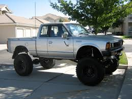 lifted silver nissan frontier 60 best nissan u0026 datsun 4x4 trucks images on pinterest 4x4