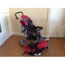 poussette siege auto bebe poussette 3 roues en gris et avec siege auto pour bébé pas cher