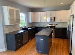 kitchen cabinet refinishing contractors cabinet refinishing cleveland ohio cabinet refinishers