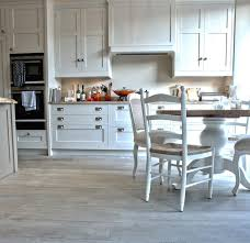 flooring trends in 2014 increased color variation gray wood