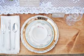 plates for wedding cheap plastic plates for weddings affordable you spent years