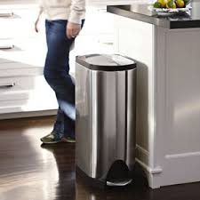 kitchen trash can ideas kitchen trash can size candiceaccolaspain