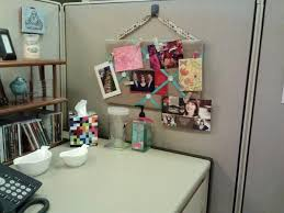 Diy Office Decorating Ideas 20 Creative Diy Cubicle Decorating Ideas Hative