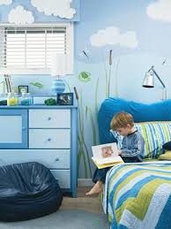 two bedrooms for boys with animal themes froggies and jungle