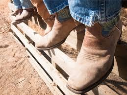 Comfortable Cowboy Boots For Walking Wear Cowboy Boots On A Hike U2013 Boys U0027 Life Magazine