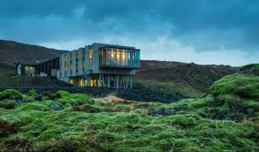 Best Time To See The Northern Lights In Iceland Northern Lights Hotels The Best Places To See The Aurora Borealis