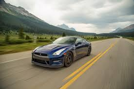 nissan gtr nismo black edition epic drives takes a 2015 nissan gt r to the canadian rockies