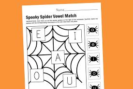 worksheet wednesday spooky spider vowel match paging supermom