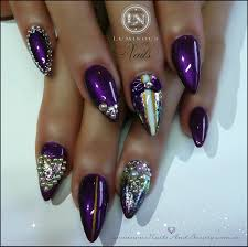 black acrylic nails with diamonds beautify themselves with sweet
