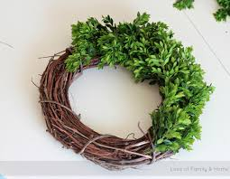 how to make a boxwood wreath love of family u0026 home