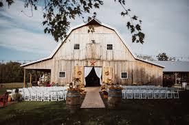 rustic wedding venues our editors 20 favorite farm and barn venues weddingwire