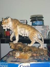 2 large regency tiger ornaments in leicester leicestershire gumtree