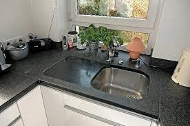 granitplatten küche huber schlögel küchenarbeitsplatten aus naturstein