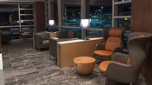 Maple Leaf Square Floor Plans Air Canada Unveils Revamped Vancouver Maple Leaf Lounge Travelpulse