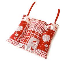 linge de lit style chalet montagne galette de chaise carrée rouge style chalet en coton grenier alpin