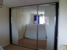 how to build a mirrored wardrobe