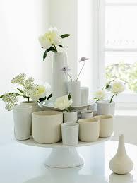 Vase Pour Composition Florale Des Vases Tous Blancs Improvisés Marie Claire