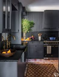 black kitchen cabinets with black hardware 25 ways to style grey kitchen cabinets