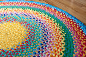 Make Rug From Carpet How To Make Fabulous Rainbow Braided Rugs Using Old Clothing