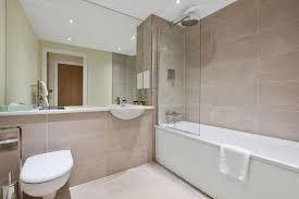 Bathtub 3 Persons Hotel Arc Apartment The Arc By Bridgestreet Uk Booking Com