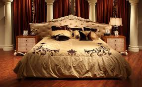 Bedroom Ideas Old Fashioned Glamour Bedroom Design Traditional Old Fashioned That Can Be Decor