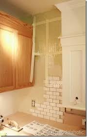 How To Paint Old Bathroom Tile - les 25 meilleures idées de la catégorie how to install tile sur