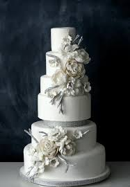 winter wedding cakes 5 wonderful winter wedding cakes chic vintage brides
