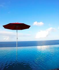 villa being infinity pool
