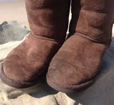 womens ugg boots used well worn boots ugg uggs chocolate brown womens sz 7