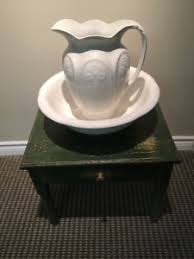 pot de chambre antique pot chambre antique kijiji à québec acheter et vendre sur le