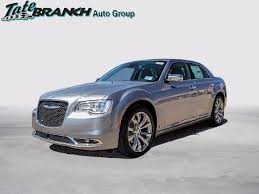 chrysler 300 oil light keeps coming on new 2018 chrysler 300 limited 4d sedan in artesia 4634 tate