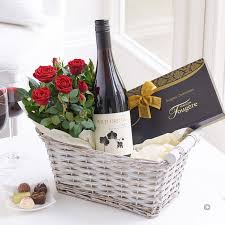 wine gift basket delivery wine gift basket florist online isle of wight flowers